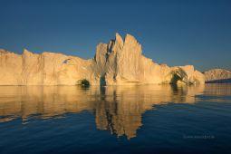 Eisberg-bei-Sonnenuntergang-Diskobucht-Groenland-Fotoreise