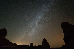 A-Trona-Pinnacles-Milchstrasse